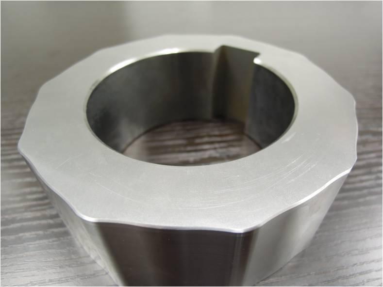 SCM440調質材 切粉 粉砕装置用カラー