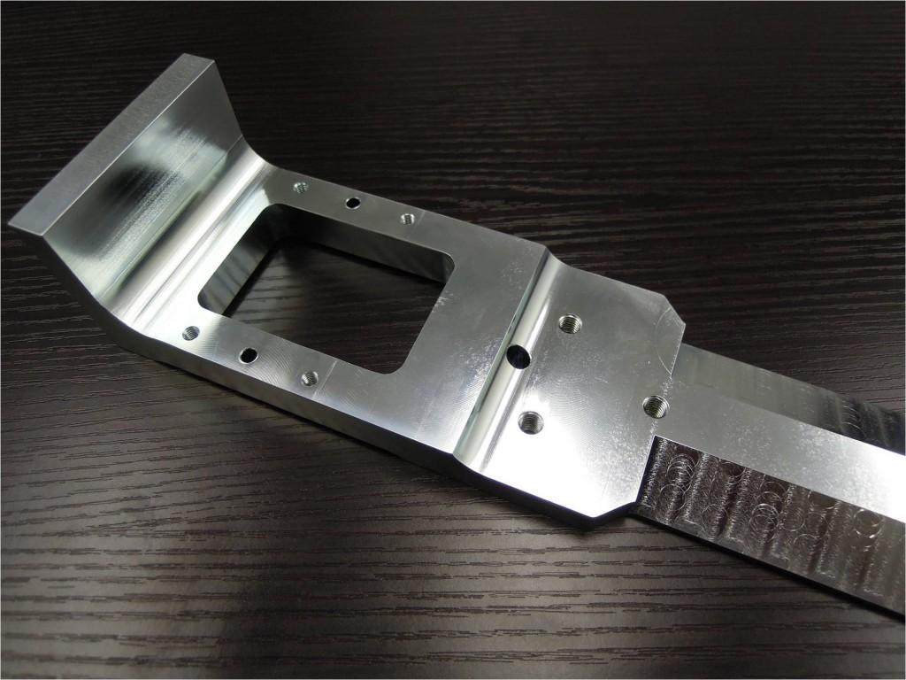 自動車組立ライン用治具_調質材