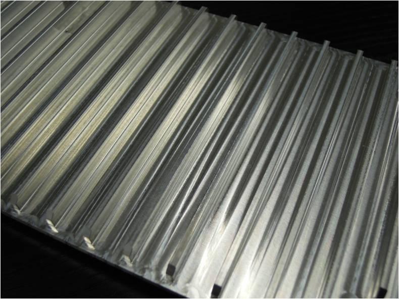 アルミ製放熱フィン